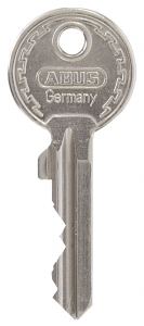 T sleutel + sleutelnummer in de sleutel gegraveerd